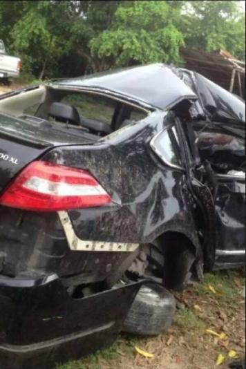 รถเบนซ์เกิดอุบุติเหตุ